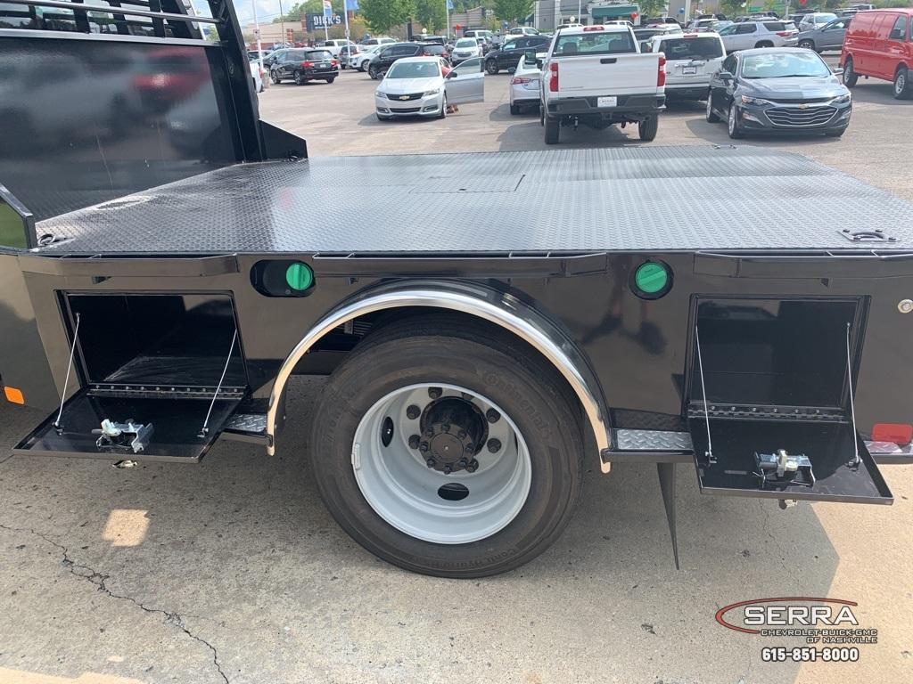 2019 Chevrolet Silverado 5500 Regular Cab DRW 4x2, CM Truck Beds SK Model Platform Body #C96333 - photo 30