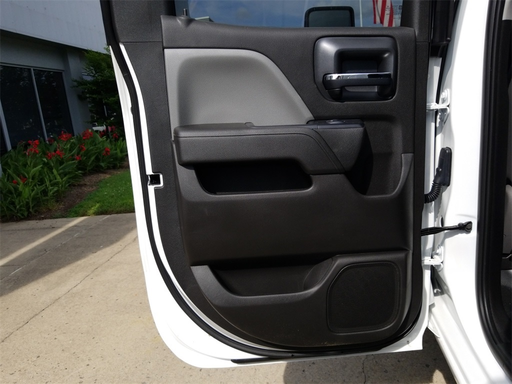 2018 Sierra 2500 Extended Cab 4x2,  Reading Service Body #C81710 - photo 23