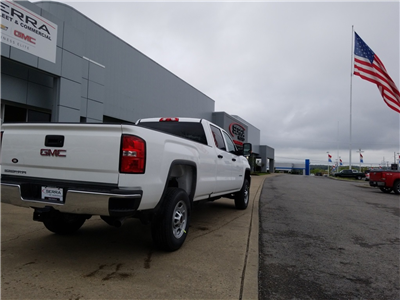 2018 Sierra 2500 Crew Cab, Pickup #C81748 - photo 15