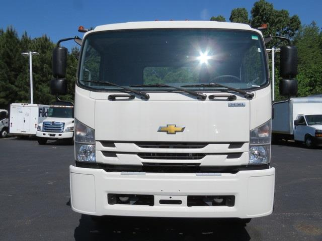 2020 Chevrolet LCF 6500XD Regular Cab 4x2, Cab Chassis #N200000 - photo 3