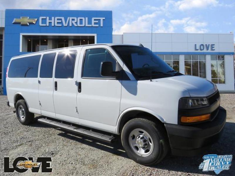 2020 Chevrolet Express 3500 4x2, Passenger Wagon #N201924 - photo 1
