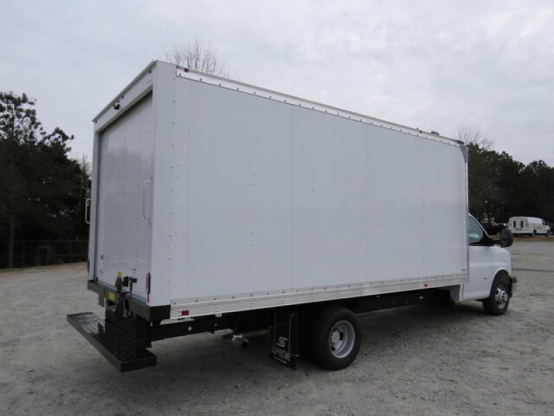2021 Chevrolet Express 3500 DRW 4x2, Supreme Dry Freight #N210339 - photo 1