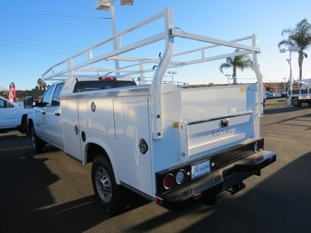 2015 Silverado 2500 Crew Cab, Royal Service Body #T151340 - photo 4