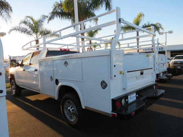 2015 Silverado 2500 Crew Cab, Service Body #T151450 - photo 3