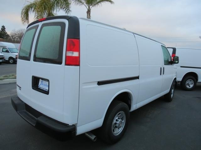 2016 Express 2500 4x2,  Empty Cargo Van #T16226 - photo 2