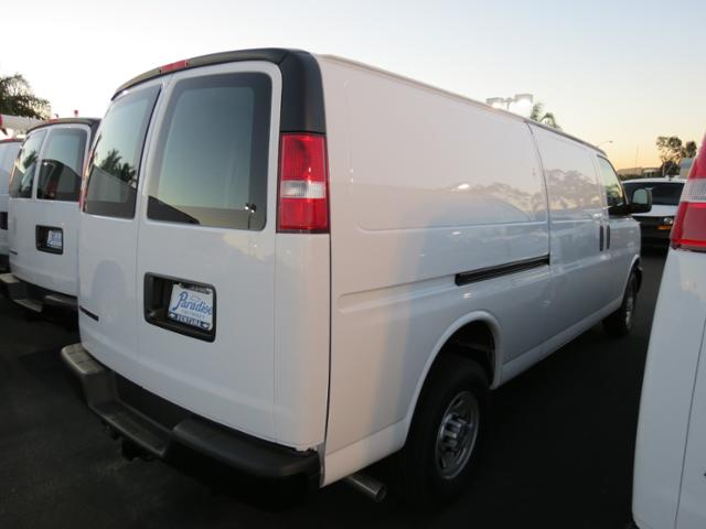 2017 Express 2500 4x2,  Empty Cargo Van #T17231 - photo 2