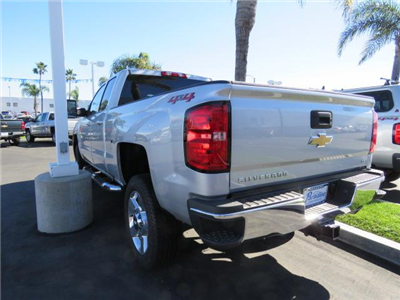 2018 Silverado 2500 Extended Cab 4x4 Pickup #T18114 - photo 2