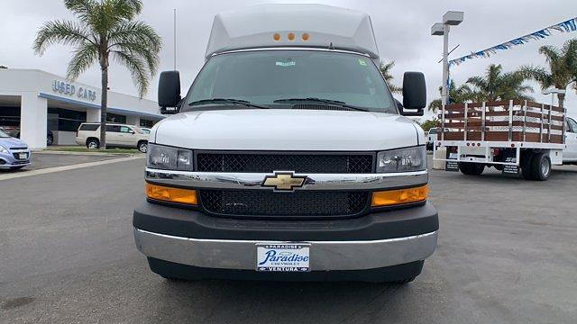2021 Chevrolet Express 3500 4x2, Cutaway #T21493 - photo 1