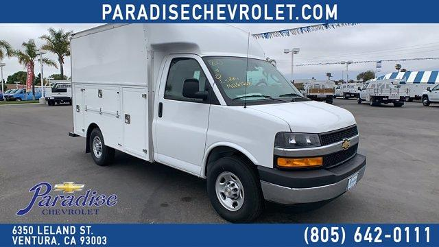 2021 Chevrolet Express 3500 4x2, Cutaway #T21667 - photo 1