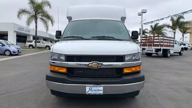 2021 Chevrolet Express 3500 4x2, Cutaway #T21809 - photo 1