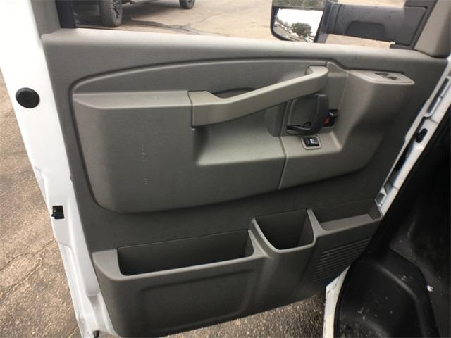 2019 Savana 3500 4x2,  Unicell Classicube Cutaway Van #K9287 - photo 18