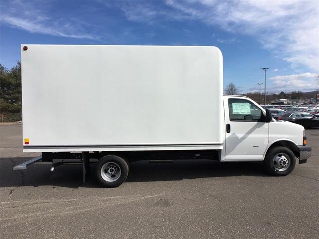 2019 Savana 3500 4x2,  Unicell Classicube Cutaway Van #K9316 - photo 6