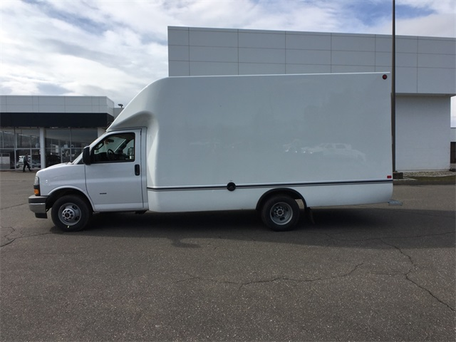 2019 Savana 3500 4x2,  Unicell Cutaway Van #K9335 - photo 1