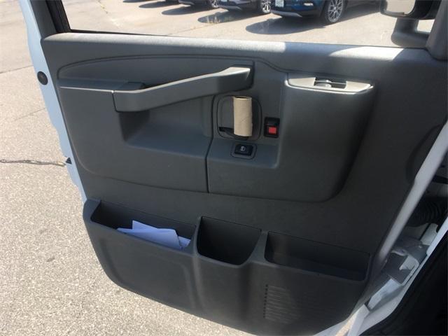 2019 Savana 3500 4x2,  Unicell Aerocell CW Cutaway Van #K9483 - photo 19