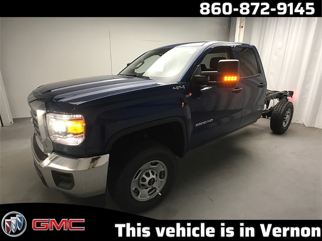 2019 GMC Sierra 2500 Double Cab 4x4, Cab Chassis #K9529 - photo 1