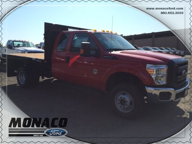 2015 F-350 Super Cab DRW 4x4, Reading Platform Body #153866 - photo 4