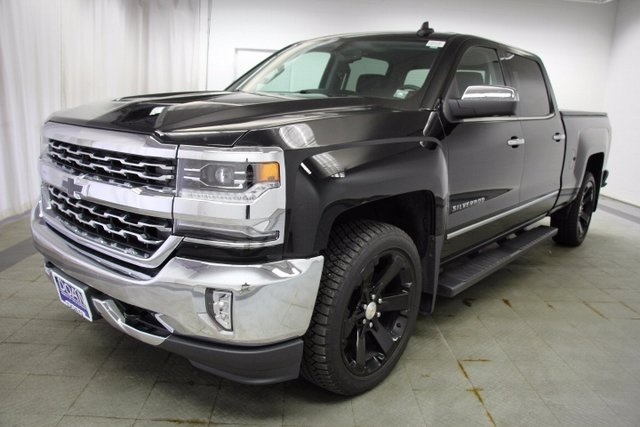 2016 Silverado 1500 Crew Cab 4x4 Pickup #15813P - photo 4