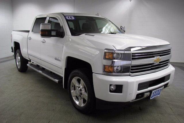 2016 Silverado 2500 Crew Cab 4x4, Pickup #15873P - photo 3