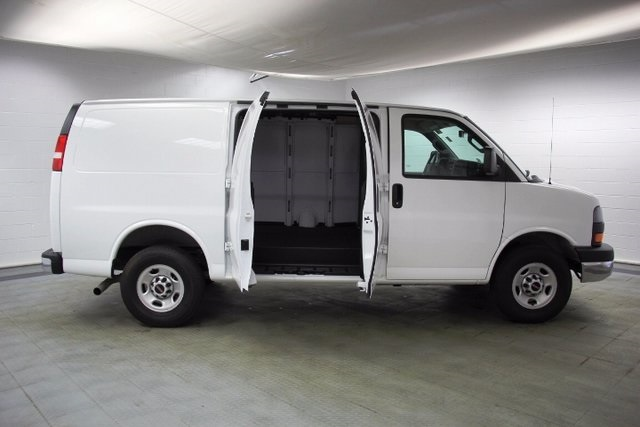 2016 Savana 2500, Cargo Van #15973R - photo 13