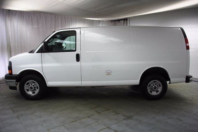 2017 Savana 2500, Cargo Van #16191R - photo 7