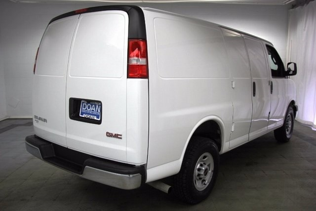2017 Savana 2500, Cargo Van #16191R - photo 2