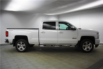 2016 Silverado 1500 Crew Cab 4x4, Pickup #16395P - photo 9