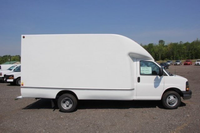 2016 Express 3500, Unicell Aerocell CW Cutaway Van #C84702 - photo 8