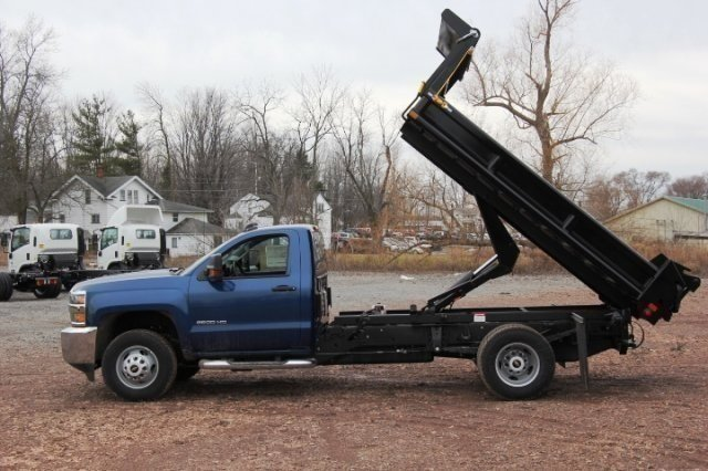 2016 Silverado 3500 Regular Cab DRW 4x4, Air-Flo Pro-Class Dump Body #C84856 - photo 8