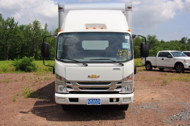 2017 LCF 4500 Regular Cab 4x2,  Supreme Signature Van Dry Freight #C85127 - photo 6