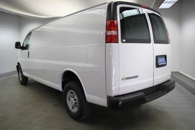 2017 Express 2500 Cargo Van #C85131 - photo 5