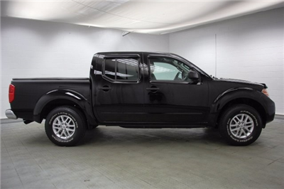 2014 Frontier Crew Cab Pickup #C85881A - photo 10