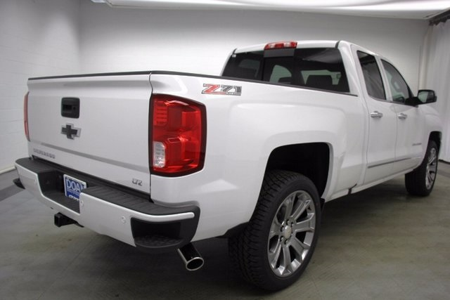 2017 Silverado 1500 Double Cab 4x4, Pickup #C85954 - photo 2