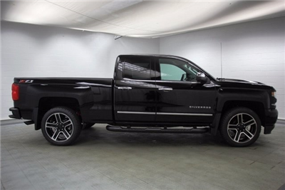 2018 Silverado 1500 Double Cab 4x4, Pickup #C86259 - photo 10