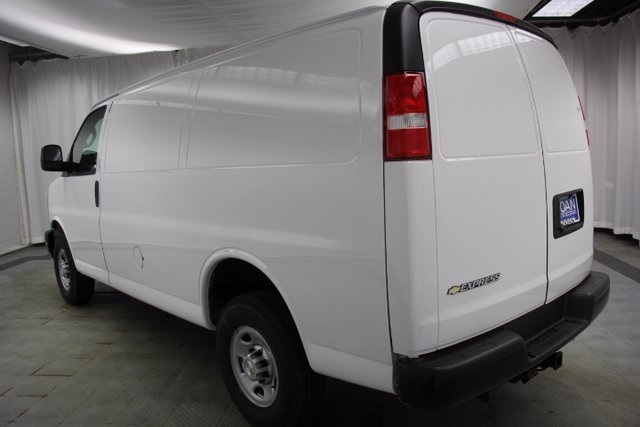 2017 Express 3500, Cargo Van #C86390 - photo 7