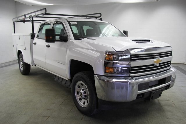 2018 Silverado 3500 Crew Cab 4x4,  Reading Service Body #C86783 - photo 3