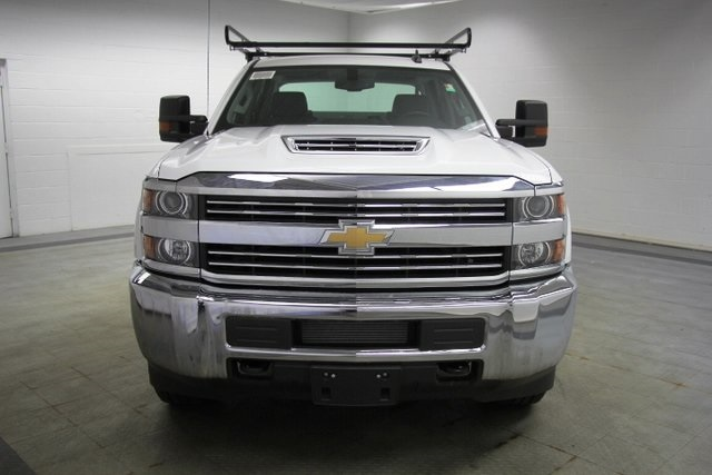2018 Silverado 3500 Crew Cab 4x4,  Reading Service Body #C86783 - photo 4