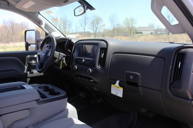 2018 Silverado 3500 Regular Cab DRW 4x4,  Knapheide Service Body #C87006 - photo 11