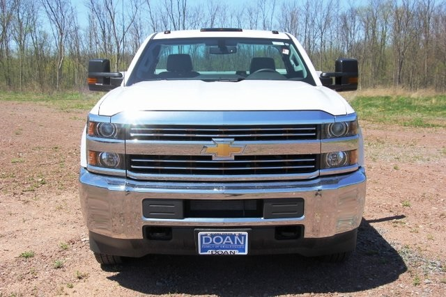 2018 Silverado 3500 Regular Cab DRW 4x4,  Knapheide Service Body #C87006 - photo 4