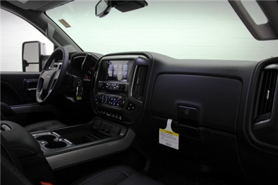 2018 Silverado 2500 Crew Cab 4x4,  Pickup #C87040 - photo 12