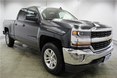 2018 Silverado 1500 Double Cab 4x4,  Pickup #C87132 - photo 3