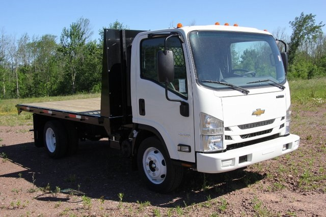 2018 LCF 4500 Regular Cab 4x2,  Platform Body #C87212 - photo 4