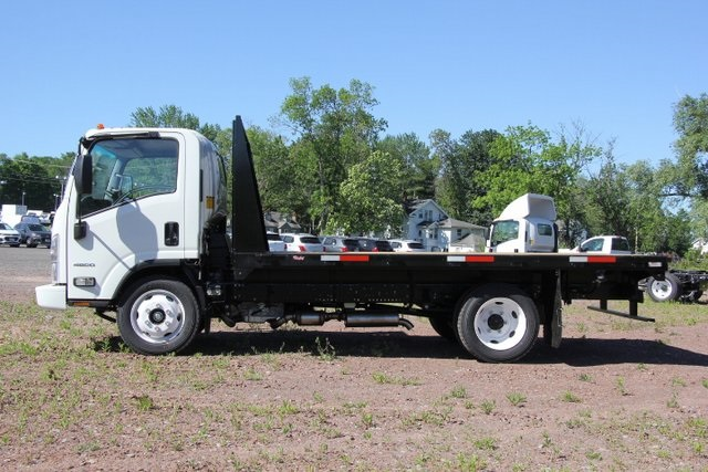 2018 LCF 4500 Regular Cab 4x2,  Platform Body #C87212 - photo 7