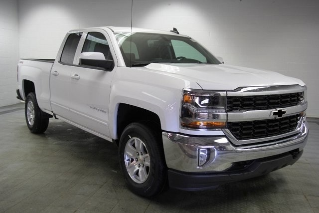 2018 Silverado 1500 Double Cab 4x4,  Pickup #C87240 - photo 3