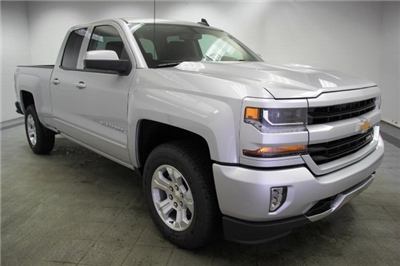 2018 Silverado 1500 Double Cab 4x4,  Pickup #C87254 - photo 3