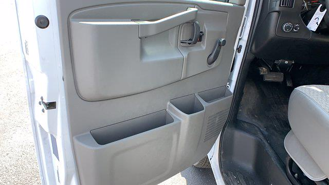 2021 GMC Savana 3500 DRW 4x2, Rockport Cargoport Cutaway Van #G210505 - photo 12