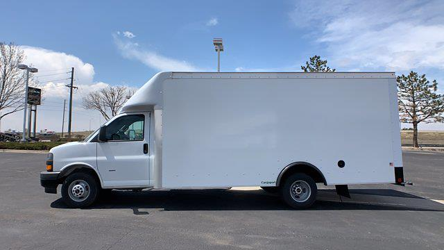 2021 GMC Savana 3500 DRW 4x2, Rockport Cargoport Cutaway Van #G210505 - photo 4