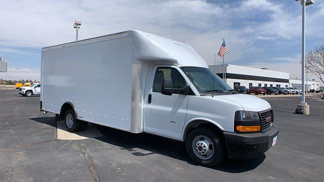 2021 GMC Savana 3500 DRW 4x2, Rockport Cargoport Cutaway Van #G210505 - photo 8