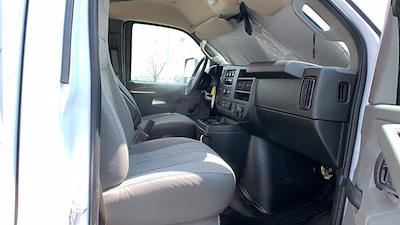 2021 GMC Savana 3500 DRW 4x2, Rockport Cargoport Cutaway Van #G210505 - photo 31