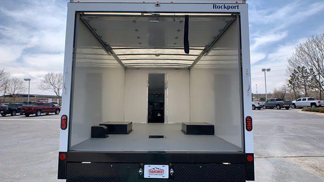 2021 GMC Savana 3500 DRW 4x2, Rockport Cargoport Cutaway Van #G210511 - photo 23