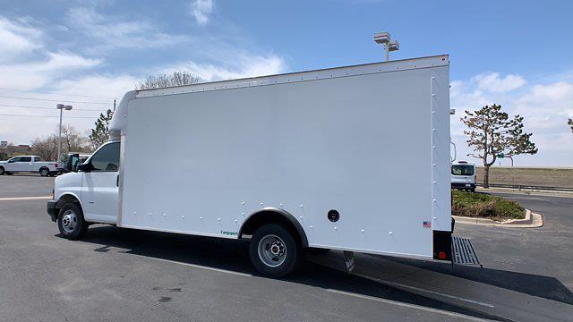 2021 GMC Savana 3500 DRW 4x2, Rockport Cargoport Cutaway Van #G210513 - photo 5
